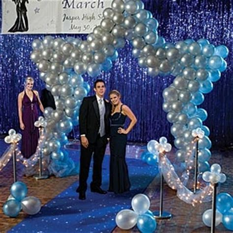 cool backdrop decor prom