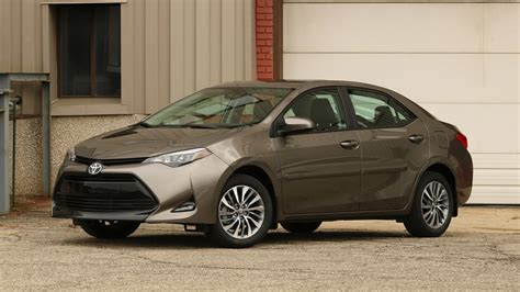 Toyota Corolla 2017 Toyota Corolla Review Mediocrity Sells