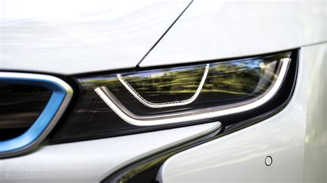 bmw i8 headlights laser lights for the bmw i8 coming to the us this november
