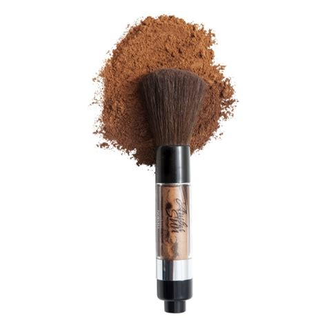 Bronzing Brush featured product of the month the bronzer brush air