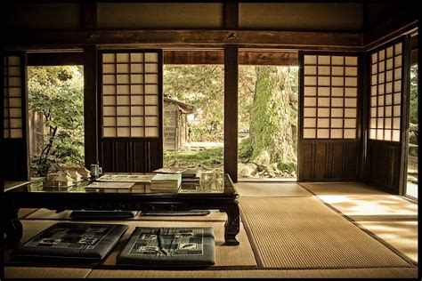 Traditional Japanese Home Decor | zen inspired interior design