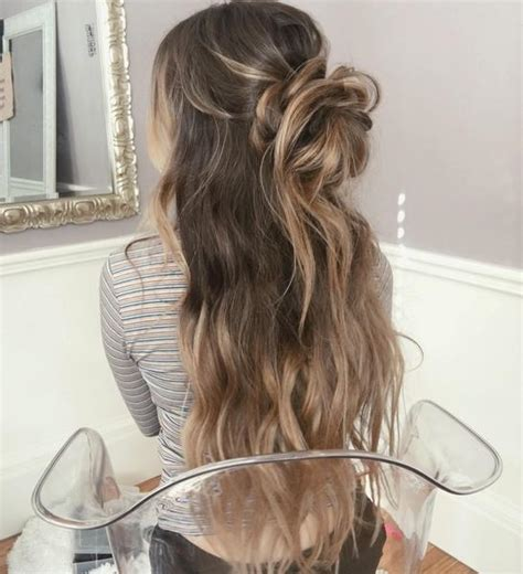 Pictures Of Hairstyles For Hair by Prom Hairstyles Top Prom Hairstyles For 2018 Luxy Hair