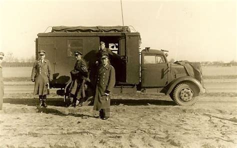 opel truck ww2 opel blitz command truck luftwaffe war photos
