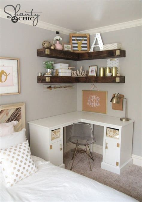how to have a desk in a small bedroom best 25 small desk bedroom ideas on pinterest desk
