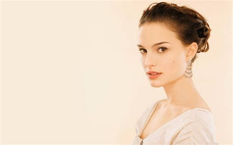 Photos Of Natalie Portman by Natalie Portman Hd Wallpaper