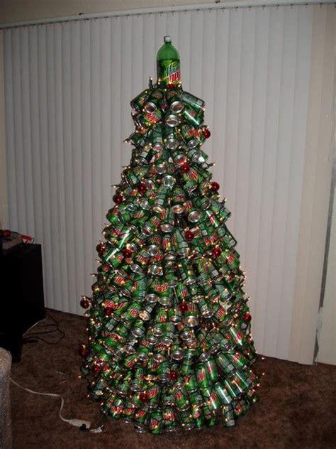 arbol de navidad reciclado con latas navidad en 233 poca de