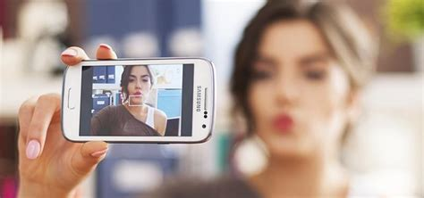 how to get your high how to get perfectly composed high res selfies on android using your rear