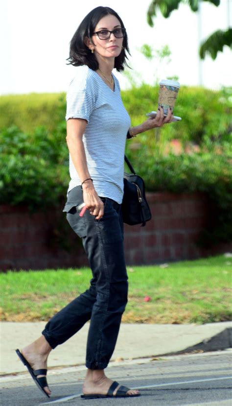 latest on courtney cox march 2015 courtney cox out and about in los angeles 10 12 2015
