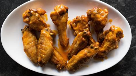 how to get the crispiest chicken wings tasting table