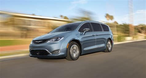 bob howard jeep service get ready for the chrysler pacifica hybrid bob howard