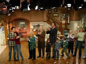 Everyone Loves Floor Plan photo the cast of quot everybody loves raymond quot applauds at
