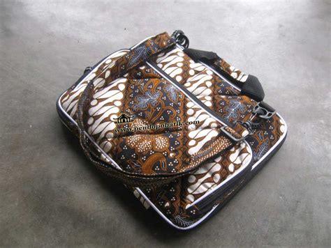 Tas Laptop 003 tas laptop widescreen pendopo batik