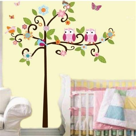 babyzimmer wandgestaltung malen kinderzimmer baum malen