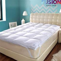luxury goose feather mattress topper elasticated