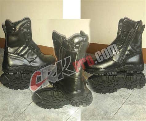 Sepatu Merk Magnum sepatu pdl jatah tni asli delta boots magnum tentara jatah