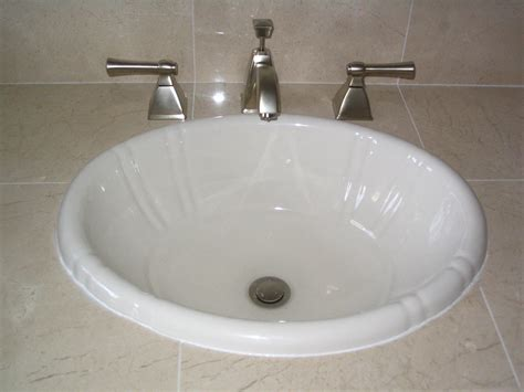 Installing Bathroom Sink Faucet by Installing Sink Faucets Faucets