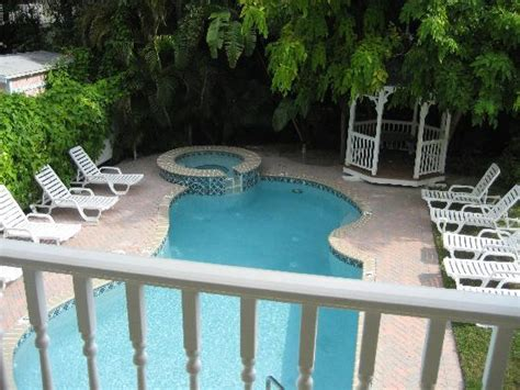 bed and breakfast sanibel island 301 moved permanently