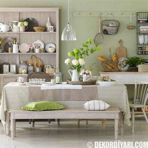 country dining room in pastel color scheme 2016