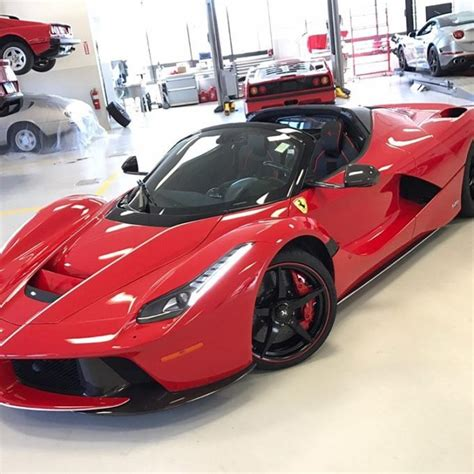 L Ferrari Price by Ferrari Laferrari Aperta Specs Price Photos Review
