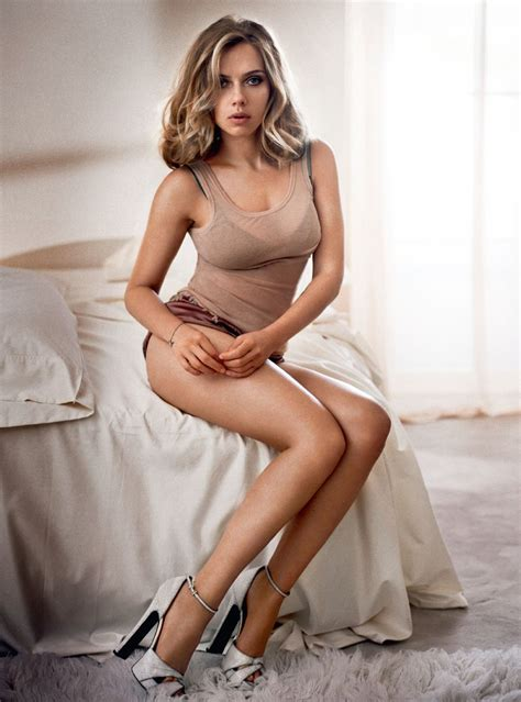 m a a c action hottie of the week scarlett johansson