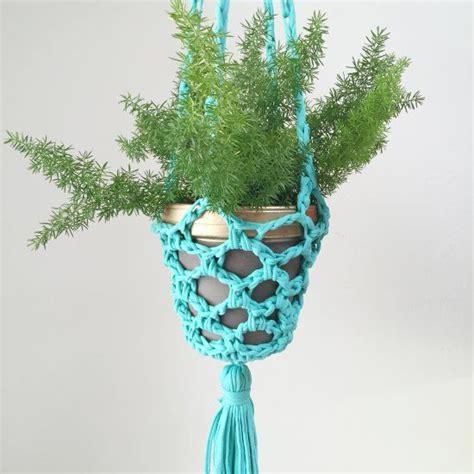 Cool Plant Hangers - 1000 ideas about crochet plant hanger on