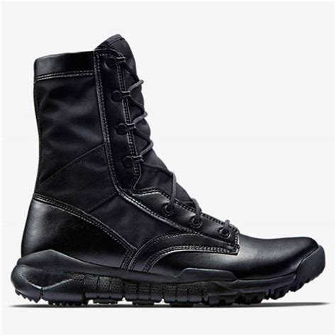 Sepatu Nike Boot High Black nike sfb boots black nike special field boots