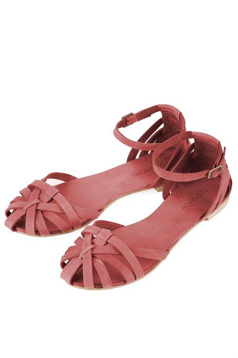 closed toe strappy sandals 17 best images about clothes shoes on flats
