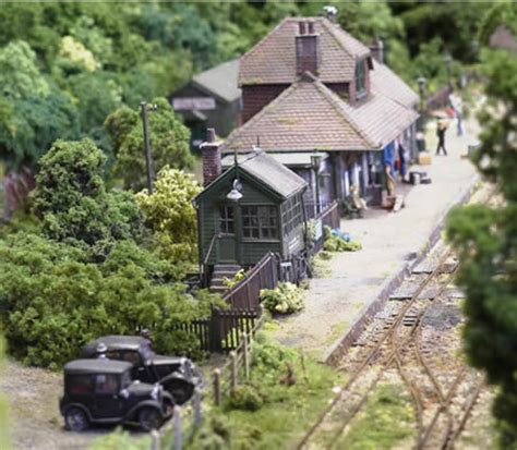 weathering model railway scenery
