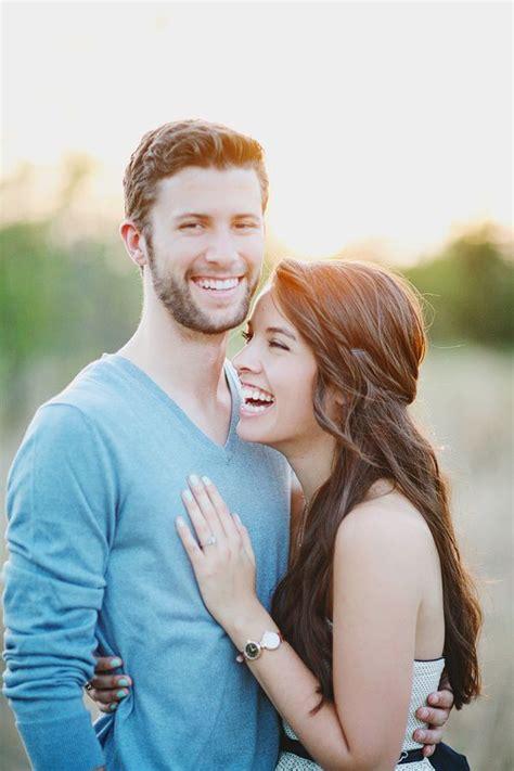 Couples Finding Couples Five Unique Engagement Photo Poses Thumbtack Journal