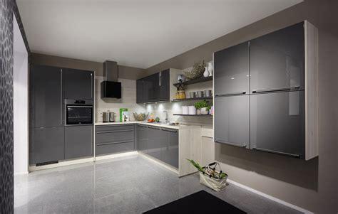 Immagini Di Cucine Moderne Ad Angolo by Cucine Ad Angolo Moderne Piano Di Lavoro E Capienza