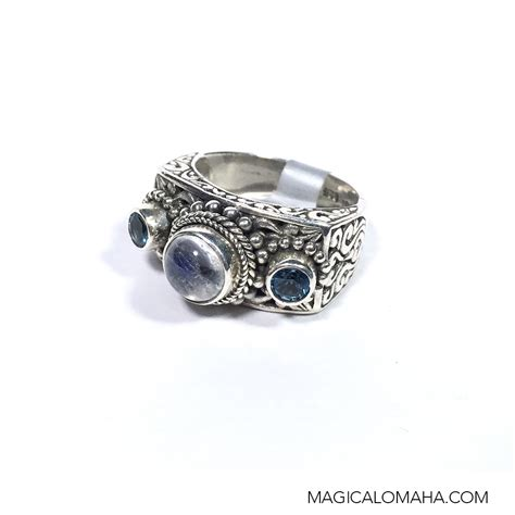size 7 sterling silver moonstone blue topaz ring by