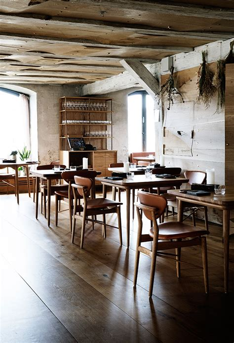 cabin inn copenhagen ren 233 redzepi s barr restaurant feels like a woodland cabin