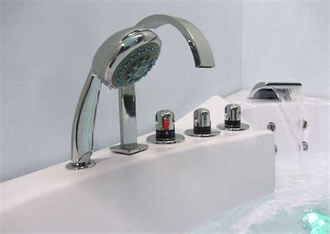 robinetterie baignoire balneo baignoire baln 233 o d angle 36 jets baignoire baln 233 o d angle