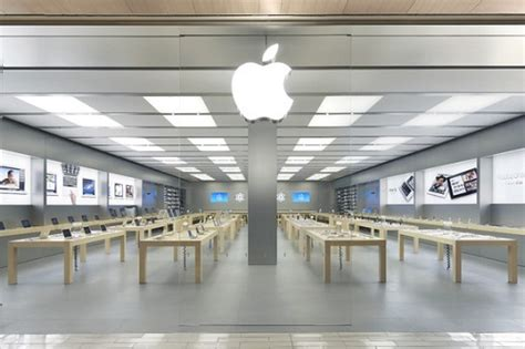 apple genius bar porta di roma arredo negozi 171 arredamento interior design