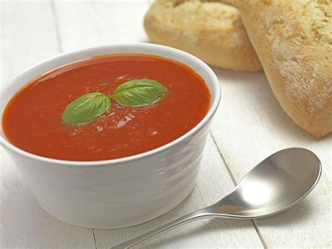 easy cold vegetarian tomato and basil soup recipe