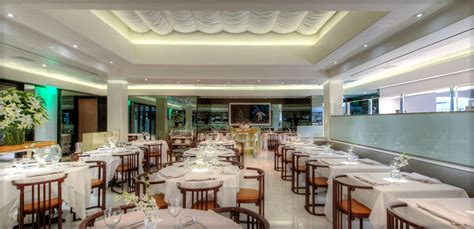 restaurant on the in malibu mr chow restaurant dining restaurants