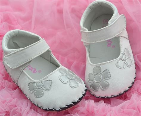 white baby sandals size 4 white silver bottoms toddler baby shoes size 4 5
