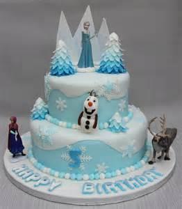 frozen cake ideas d094bad121ee13a1787d3a68301cad7c super ideas designs frozen cakes