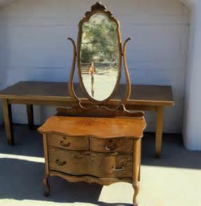 1920 Vanity Dresser Reserved For Elisa Arielago Antique Oak Three Drawer Dresser