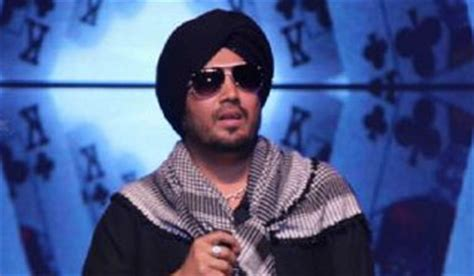 film mika indi singer mika singh to make film on his life zee news