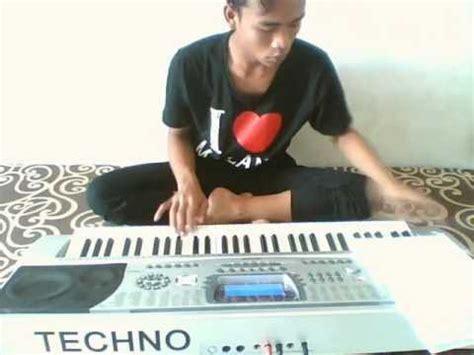 Keyboard Techno T9900i Softcase Ekonomis stasiun balapan nurul keyboard techno t9900i