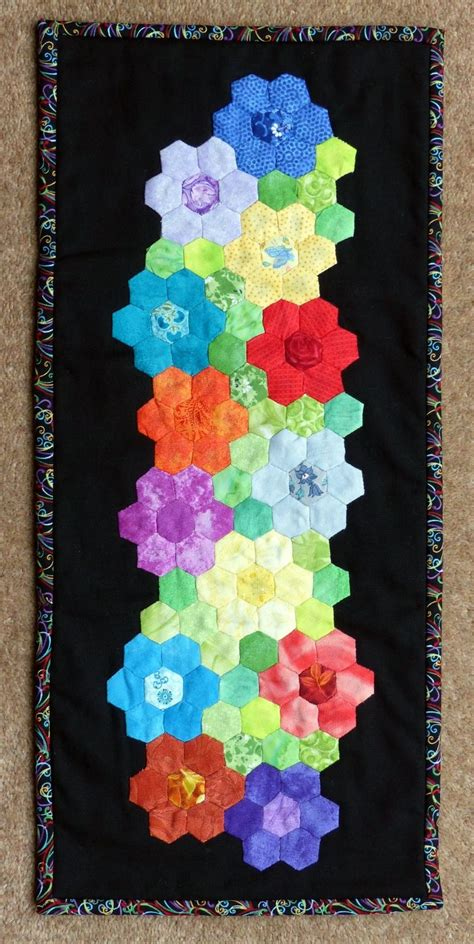 Hexagon Patchwork Projects - 291 best images about hexagon small projects on