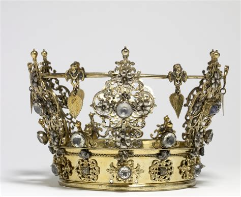 Wedding Crown file swedish swedish wedding crown walters 572047 view c jpg