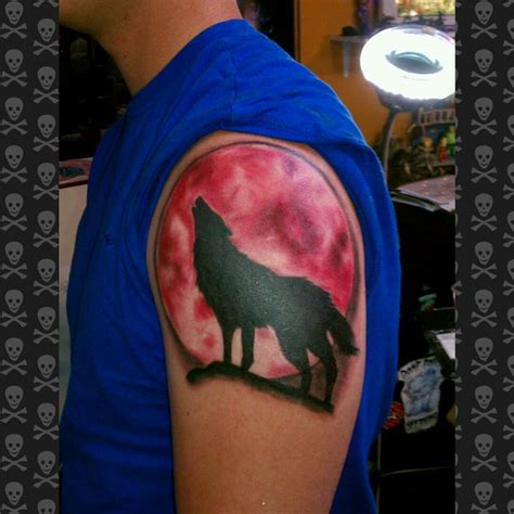red moon tattoo 37 best moon images on blood moon