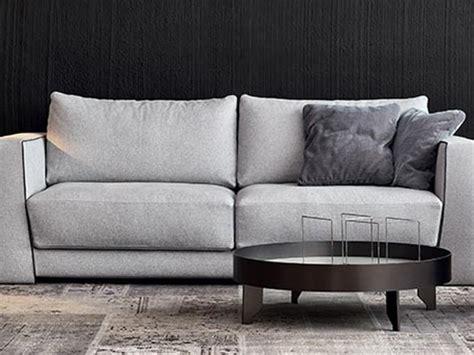 divani in tessuto prezzi divano in tessuto bodema a prezzo scontato
