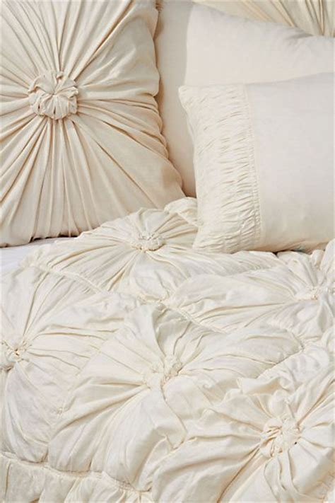 Rosette Bedding by Rosette Quilt Ivory Anthropologie Oatmeal