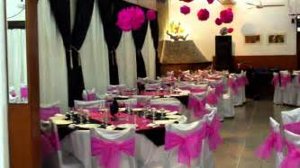 colonia costanera cosquin salon decorado en fucsia y