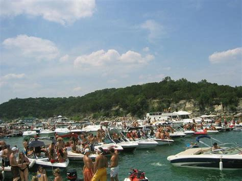 lake travis boat rentals float on lake austin boat - Devils Cove Austin Boat Rental