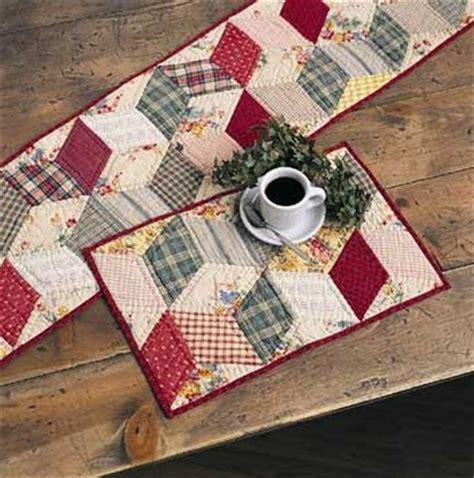 quilted table runner and placemats quilted placemats
