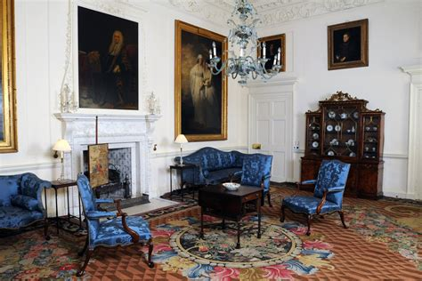 Royal Bedroom dumfries house the royal drawing school